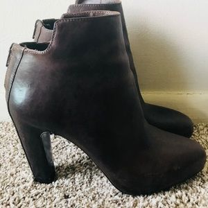 Vince Brown Leather Ankle Boots Size 8.5 M